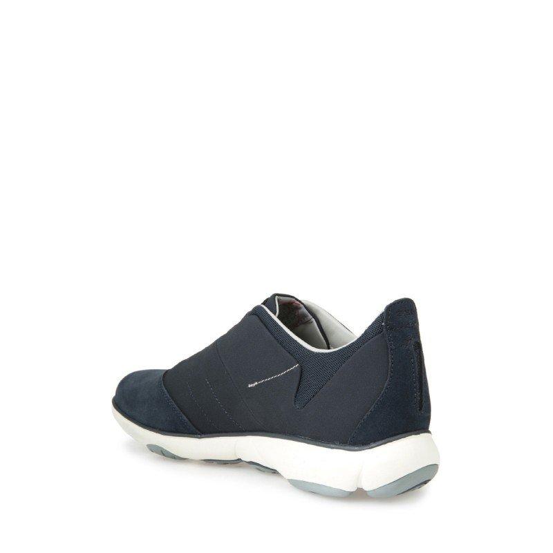 Zapatillas deportivas Geox con suela transpirable línea